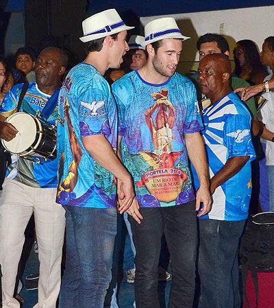 Agito com famosos em escolas de samba do Rio