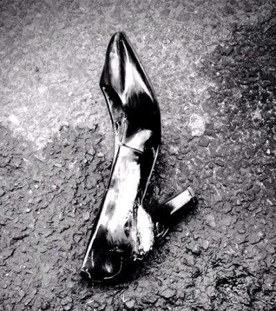 O sapato no meio da rua