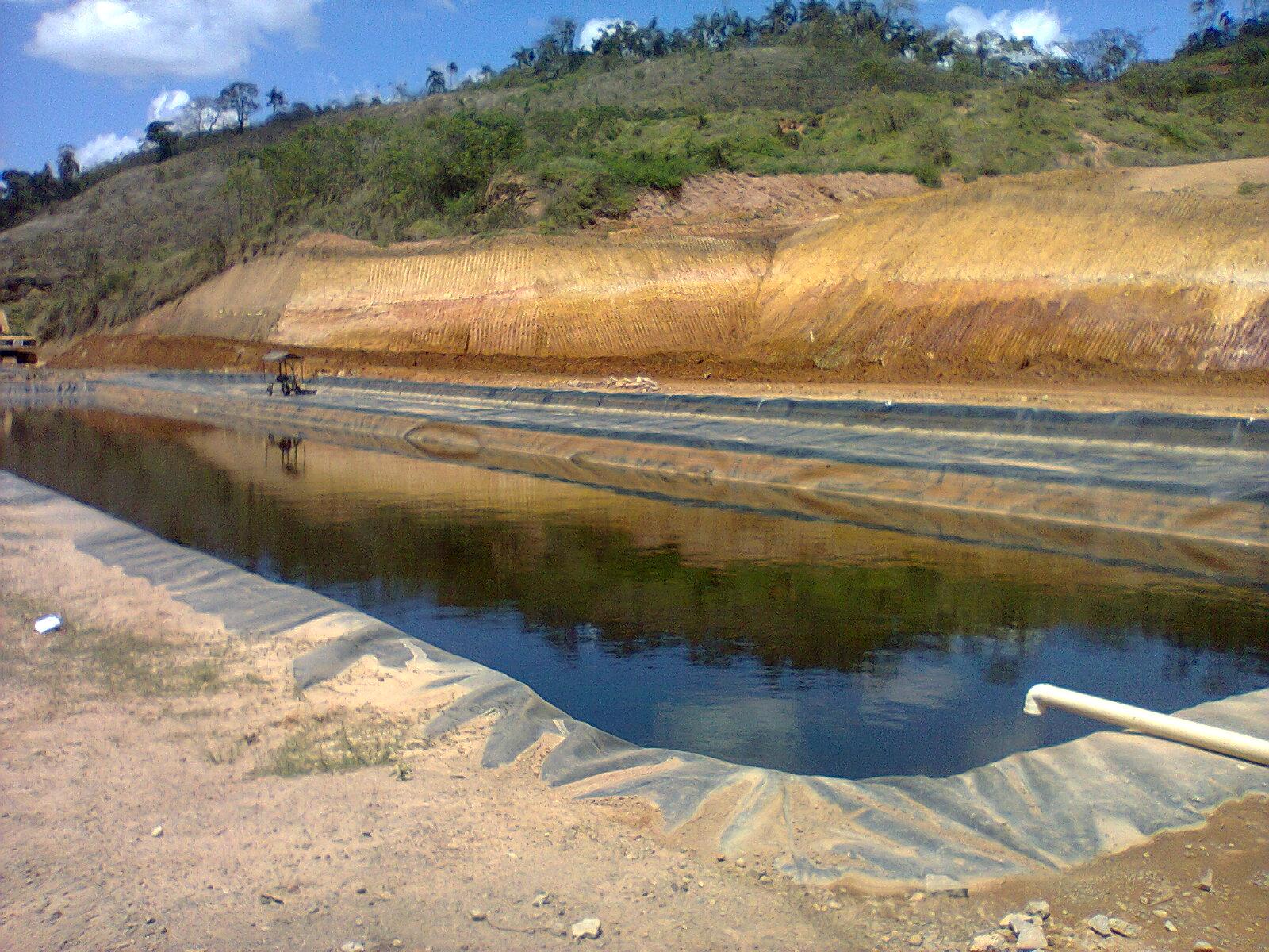 Lagoa de tratamento de chorume