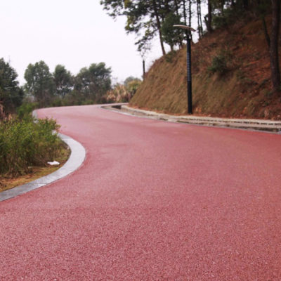Novo selante asfáltico colorido pode revolucionar a sinalização de vias