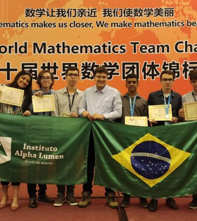 Alunos de São José dos Campos são destaque na Olimpíada Internacional de Matemática