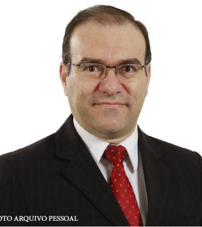 Dr. Júlio Aparecido Costa Rocha