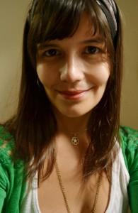 A poeta e escritora Mariana Teixeira.